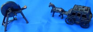 OldSpinningWheel&Horse-drawnCarriage